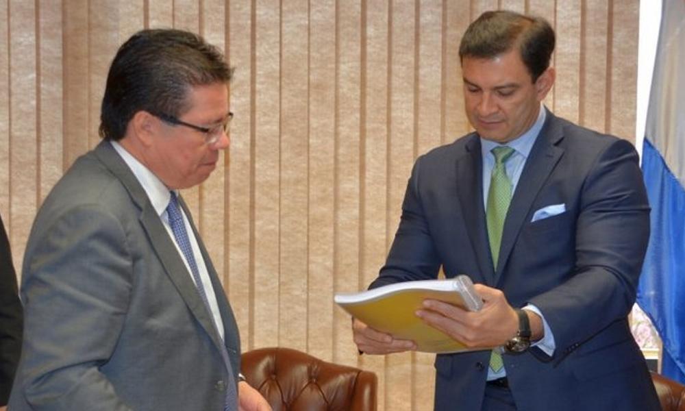 Inició juicio político al contralor y Ovelar reitera que no hay votos suficientes