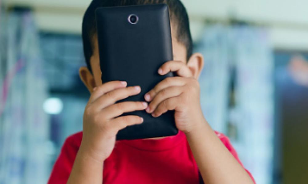 Tabla de tiempo de uso de la tablet o celular en niños según su edad