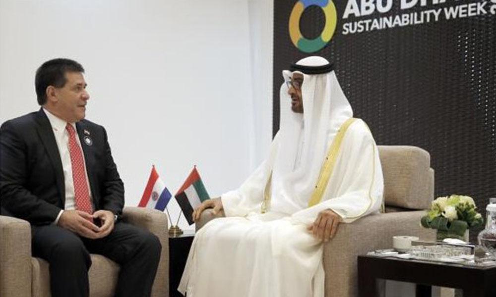 Cartes estará hasta este martes en Emiratos Árabes. Foto://presidencia.gov.py.