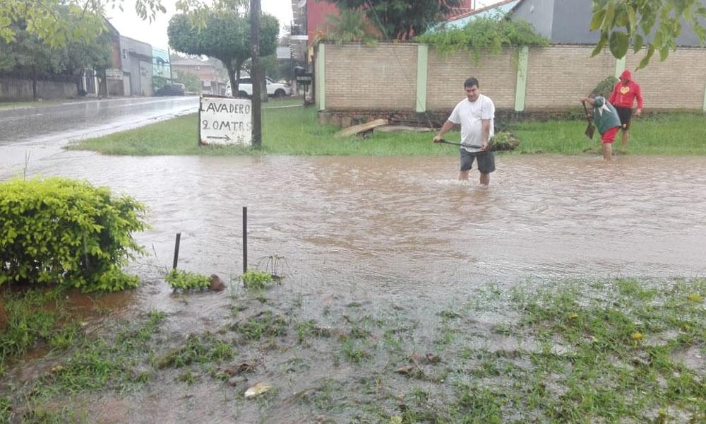 En Coronel Oviedo cayó 410 mm de agua en una semana