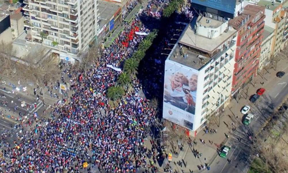Ley de pensiones del Ejecutivo es similar al criticado modelo chileno