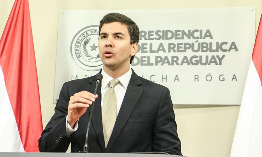 Santiago Peña defiende pago de aguinaldos extra en Hacienda. //adndigital.com.py