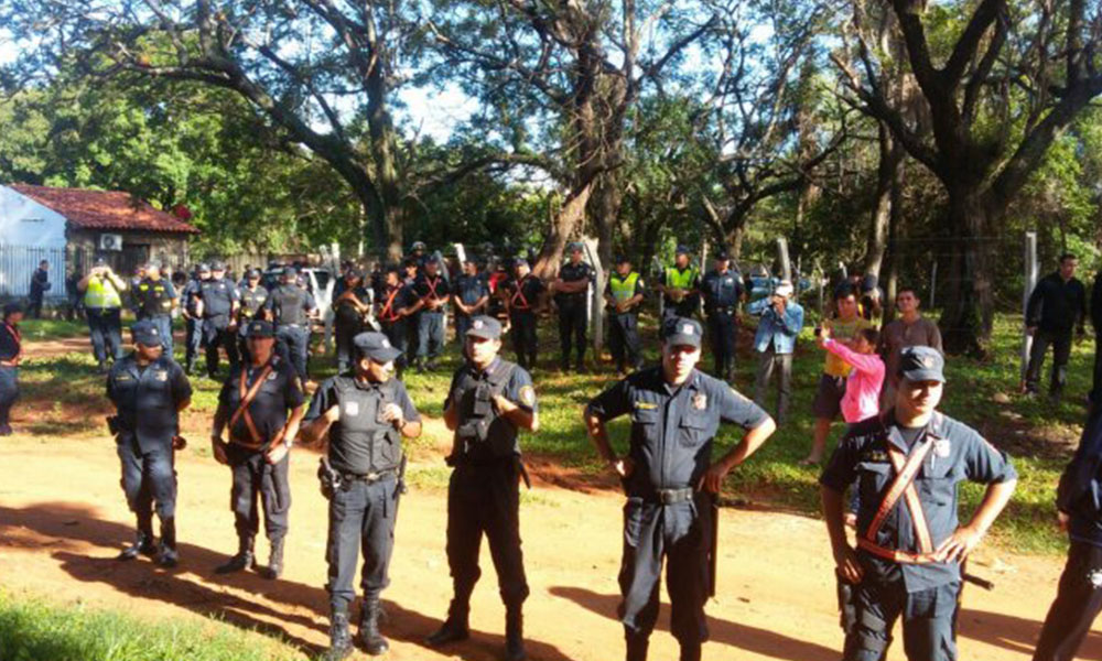 Desalojan a 64 familias en Luque