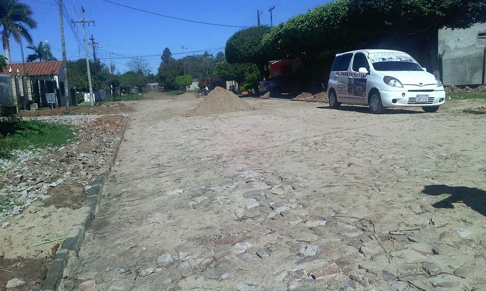 Habilitan empedrado en el Barrio San Isidro