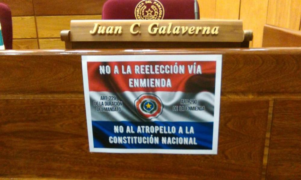En numerosos curules del Senado se expresa el rechazo a la reelección vía enmienda. Foto://Abc.com.py.