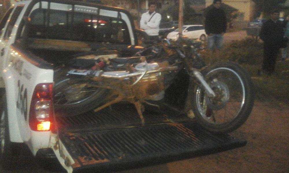 El accidente se produjo a la altura de la Ruta VIII, en el barrio Santa Lucia de Coronel Oviedo. Foto://AlexisLópez-OviedoPress.