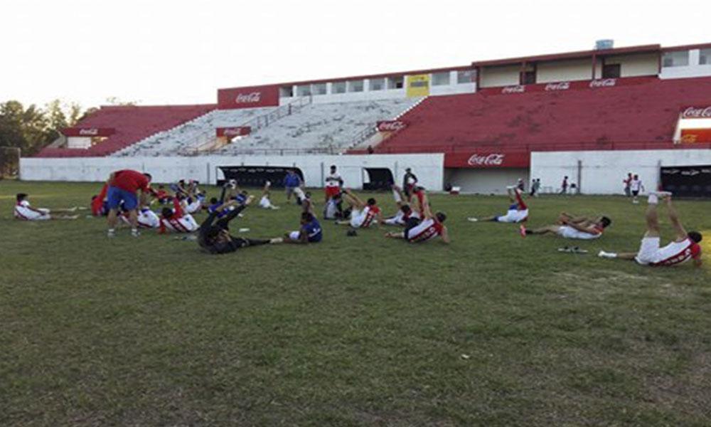 último entrenamiento del conjunto ovetense, en el Estadio Ovetenses Unidos. Foto://FútbolOvetense.