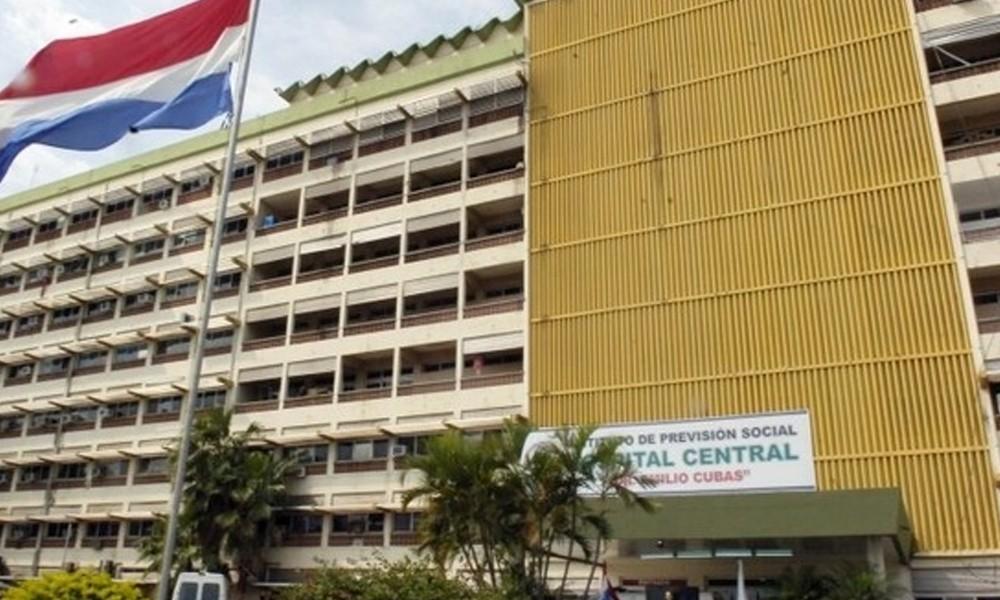 Deficiencias. El Hospital Central, el instituto que centraliza las atenciones médicas complejas. //paraguay.com.