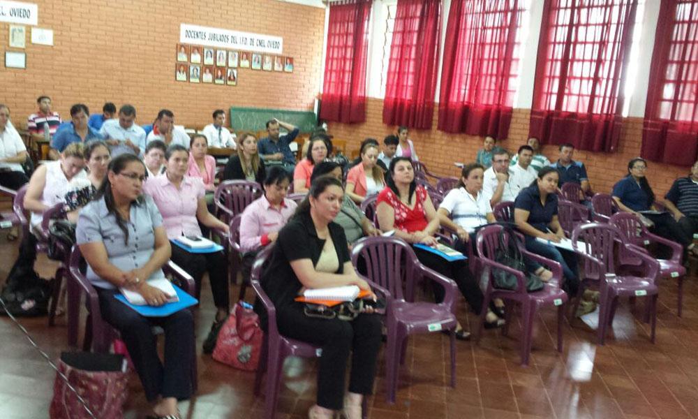 Docentes y técnicos del V Departamento, fueron capacitados dentro del marco del fortalecimiento permanente del idioma guaraní en el ámbito educativo. //Gentileza - Maru Molas