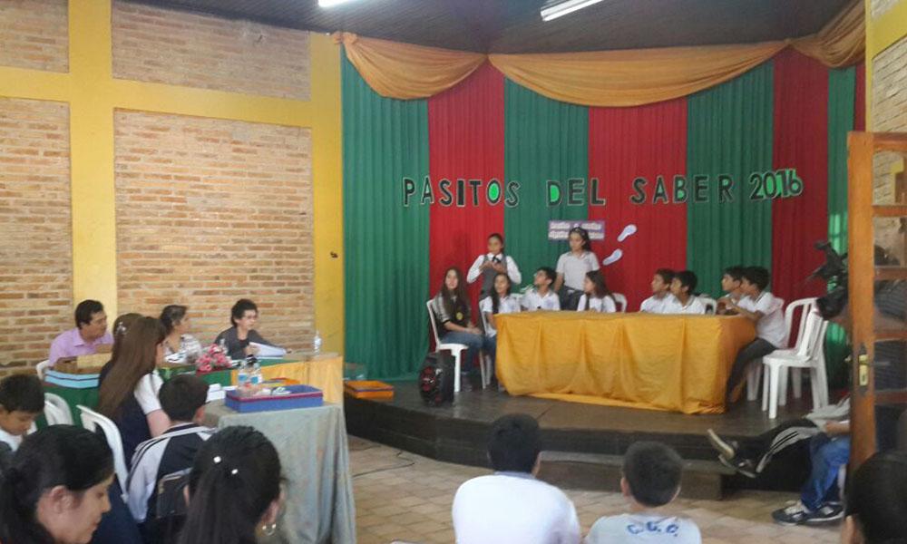 """El concurso denominado """"Pasitos del Saber 2016"""" se llevó a cabo en el salón de actos de la institución educativa. //OviedoPress"""