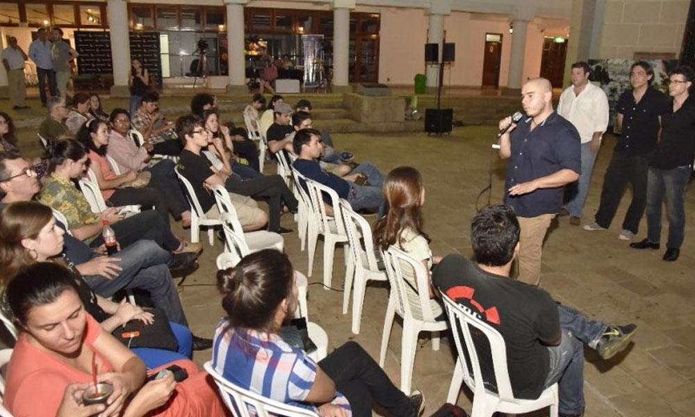 Foto Archivo. Armando Aquino, presidente de la Oprap, dirigiéndose al público presente en la inauguración del Tesape 2015 //abc.com.py