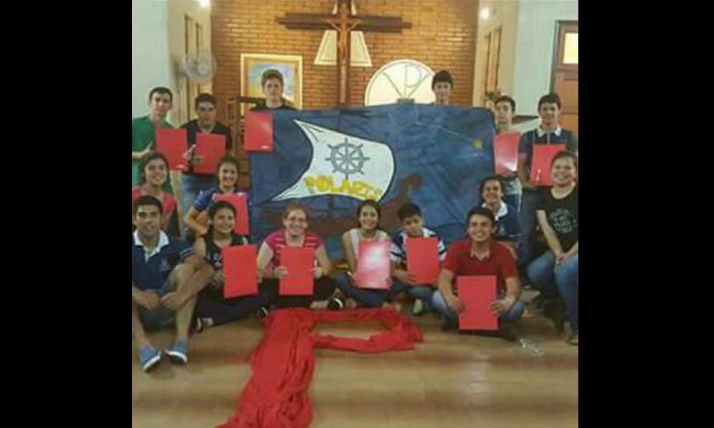 """Miembros del movimiento juvenil """"navegar"""" del colegio Maristas Champagnat. //Gentileza"""
