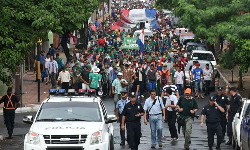 Foto Archivo de una de las marchas de los campesinos y cooperativistas. //abc.com.py