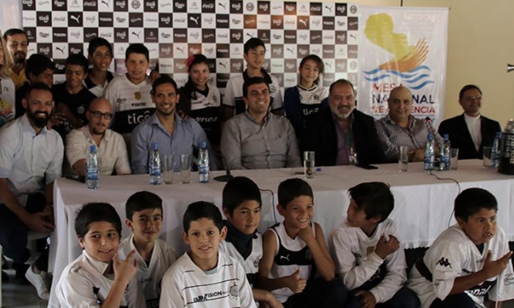 Unos 500 niños podrán ingresar a la cancha este domingo de forma gratuita. Foto://Twitter - Club Olimpia