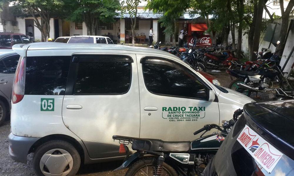 """Sacan de circulación a """"taxistas del norte"""""""