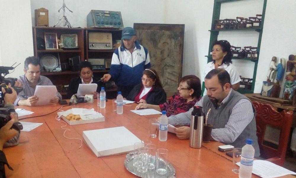 """El Lanzamiento oficial de la """"Temporada Cultural Ovetense 2016"""" se realizó en la Casa de la Cultura de la ciudad de Coronel Oviedo. //OviedoPress - Alexis López."""