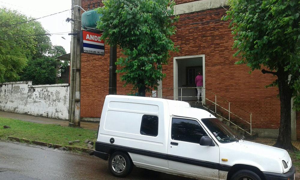 Oficina de reclamos de la ANDE - CoronelOviedo //OviedoPress.