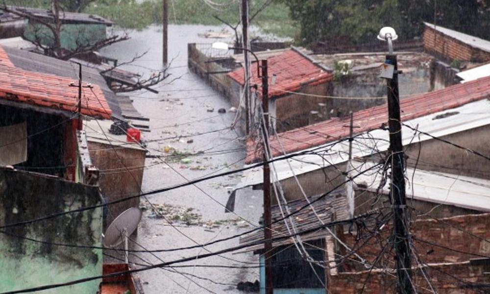 Suben a 12.800 las familias afectadas por las inundaciones