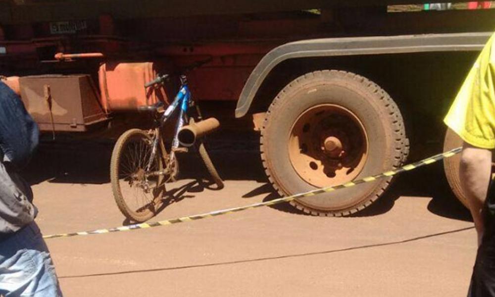 Un niño de 10 años fallece arrollado por un camión en el centro de Naranjal. Foto://Ultimahora.com.py.