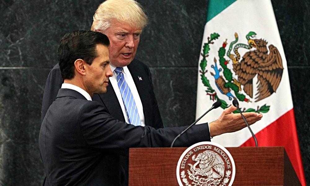 Encuentro entre el presidente de México, Enrique Peña Nieto, y el entonces candidato a la presidencia de Estados Unidos, Donald Trump, el pasado agosto. Foto://EFE