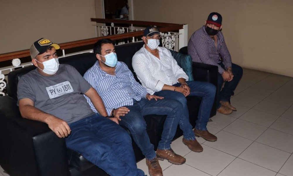 Unos siete detenidos fueron imputados en relación a mega carga de drogas