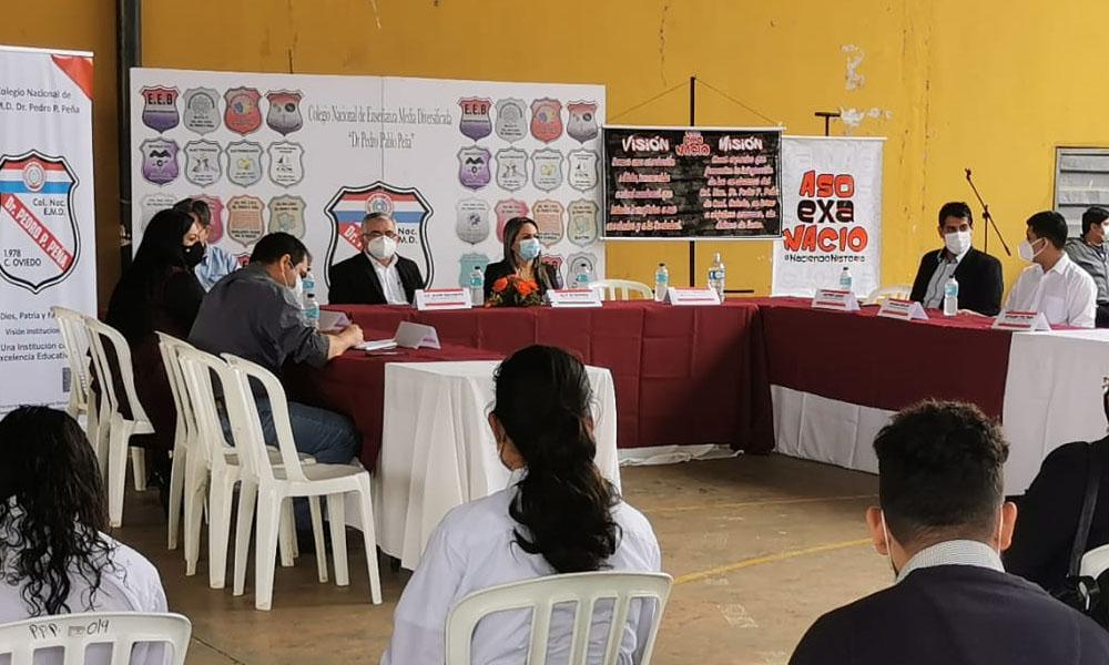 Realizan conversatorio sobre Liderazgo con jóvenes de Coronel Oviedo