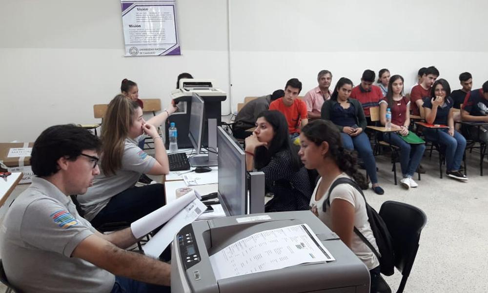 Inician recepción documental de aspirantes a Becas Itaipú