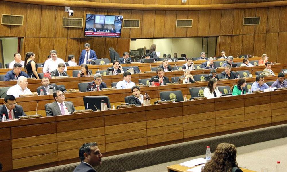 Cámara de Diputados aprueba derogar ley de pensiones graciables