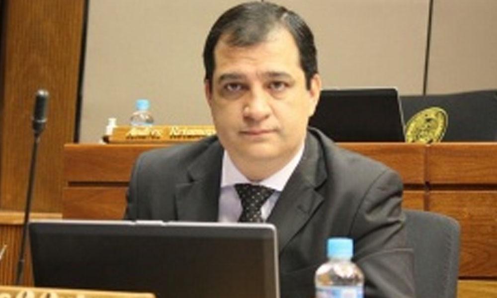Eber Ovelar sería miembro del Consejo de la Magistratura