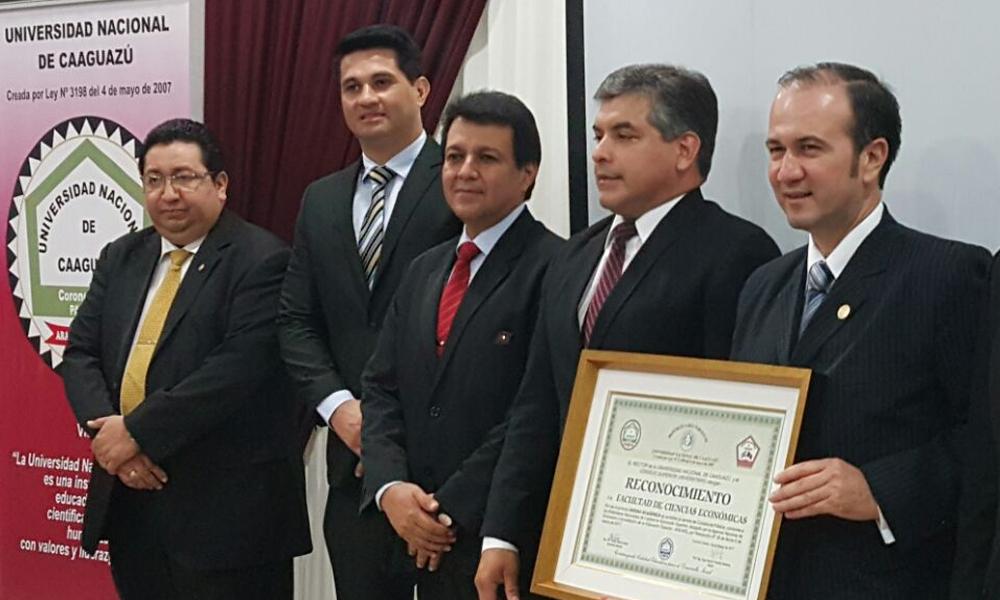 ANEAES oficializó acreditación Contaduría Pública de la UNCA