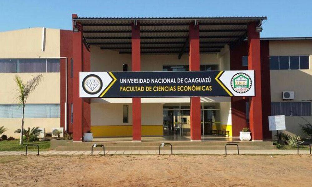 Fachada de la Facultad de Ciencias Económicas de la UNCA. //fceunca.edu.py