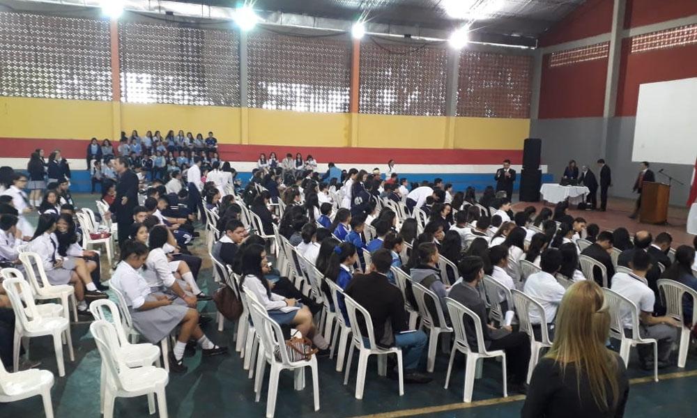 Con el lema «Resurgirás Paraguay» realizan jornada de liderazgo estudiantil