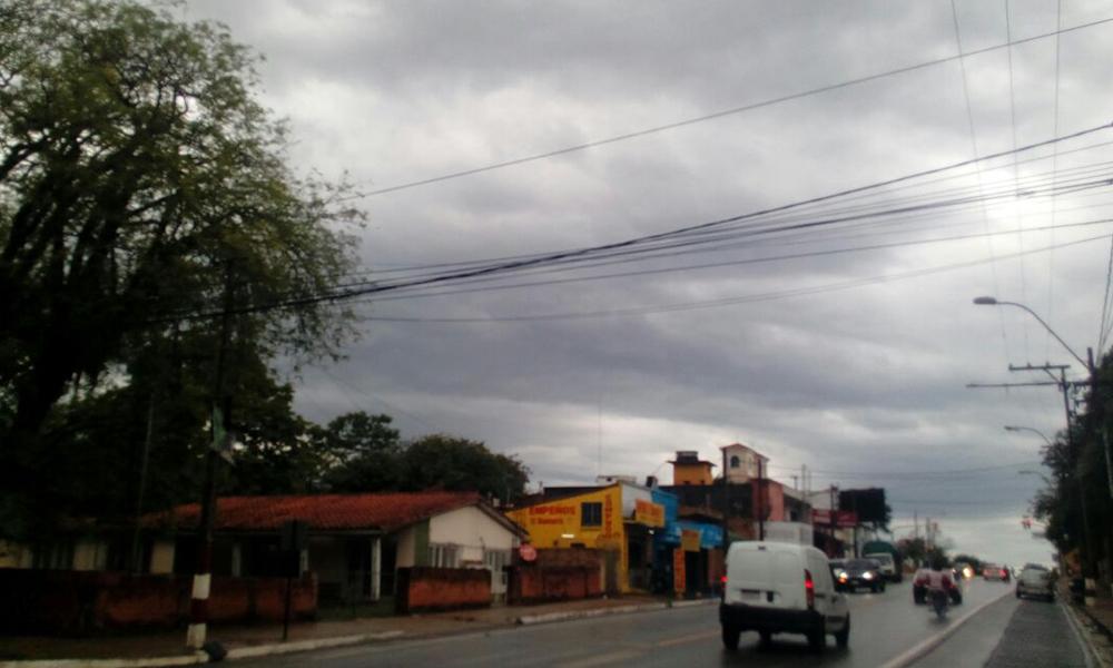 Avenida Defensores del Chaco, Coronel Oviedo //AlexisLópez.