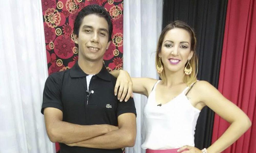 Alexis López y Diana Giménez, conductores del programa Pega. //Facebook.