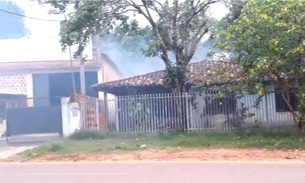 Vecinos acuciados por quema de basura en Maristas