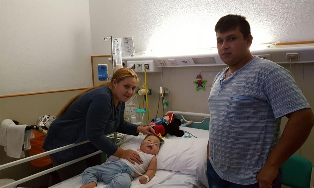Albertito se encuentra internado en la sala 9B del noveno piso del hospital San Joan de Deu. Foto: OviedoPress