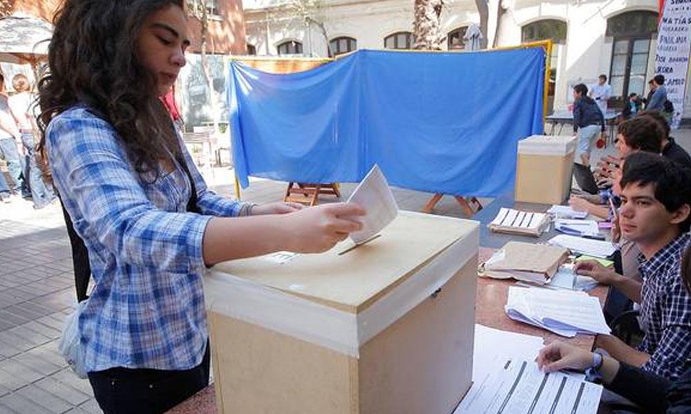 Para las elecciones presidenciales se cuenta con un padrón electoral de 14 millones de electores. //24horas.cl