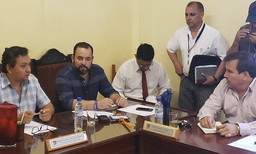 Convocarán a ministro de Obras para exigir cumplimiento de promesas
