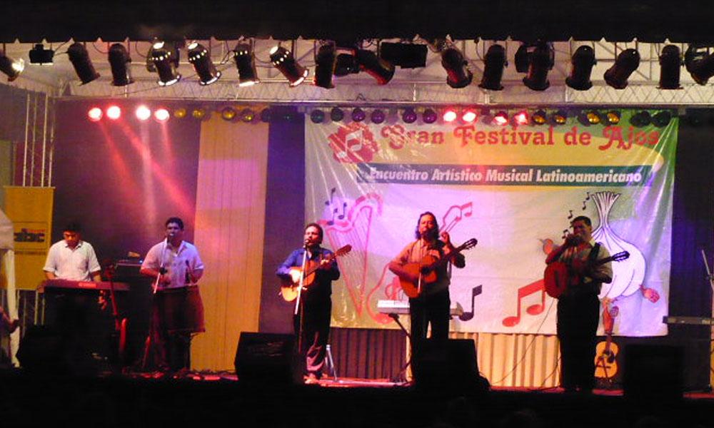"""Las entradas para el """"Festival de Ajos 2016"""" solo se encuentran disponibles en Ticketea y en la agencia local del diario Última Hora. //arakatu.blogspot.com"""