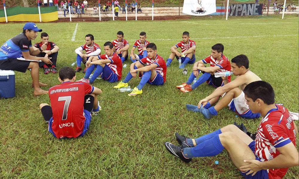 Foto://futbolovetense.com