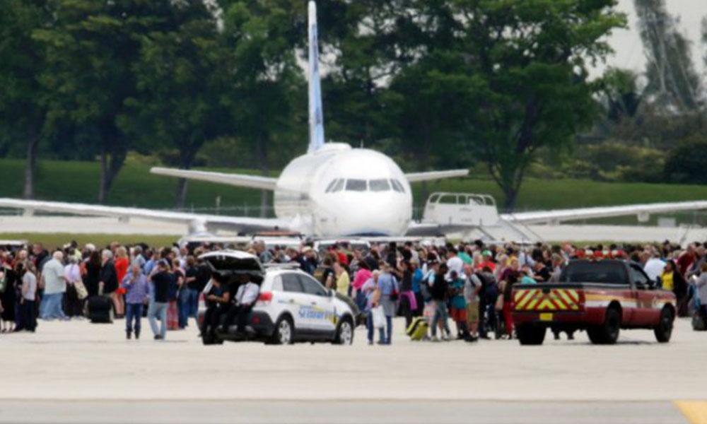 Hombre que actuó solo abre fuego en aeropuerto y mata a 5 personas en EE.UU.