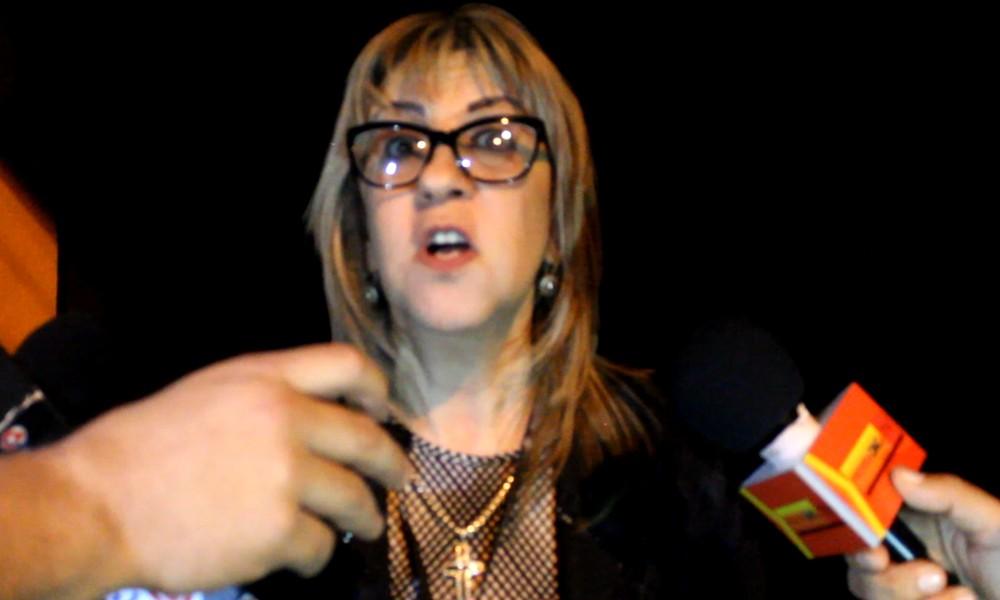 La fiscala Lourdes Soto tras el allanamiento de H&E Consulting. // OviedoPress