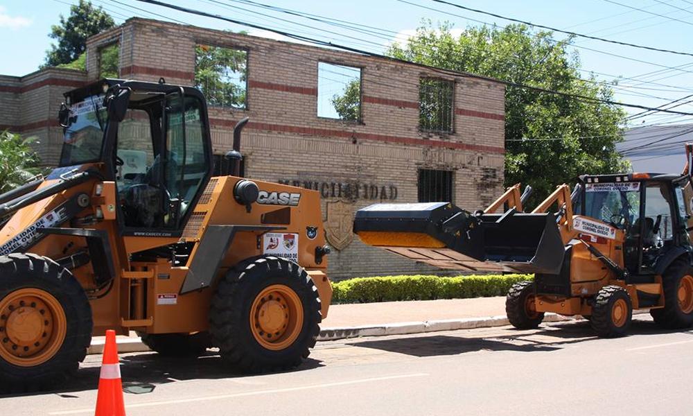 Las dos maquinas viales pasan a formar parte de la flota de la Dirección Municipal de Obras.//MCO-Prensa