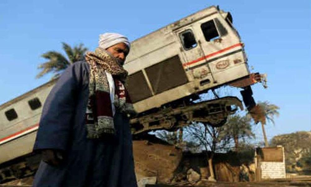 El accidente se registró cuando el tren, se dirigía de la capital egipcia a la ciudad meridional de Asuán. //scoopnest.com