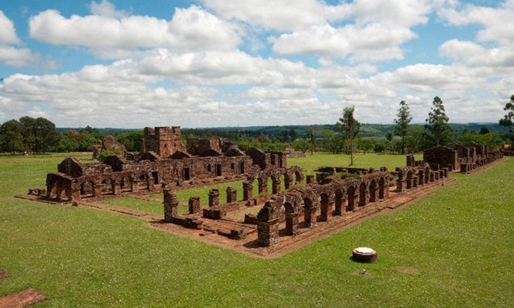 Ruinas jesuíticas, un patrimonio cultural tangible del Paraguay. //paraguay.blog.arautos.org