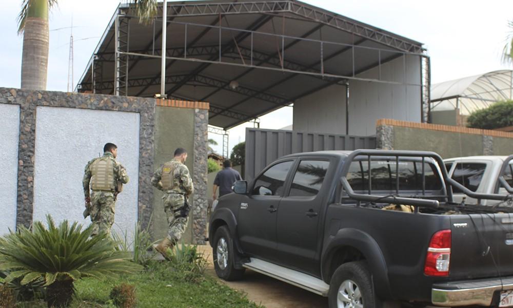 Agentes de la SENAD realizaron el allanamiento en la vivienda ubicada en el barrio San Miguel de Coronel Oviedo.